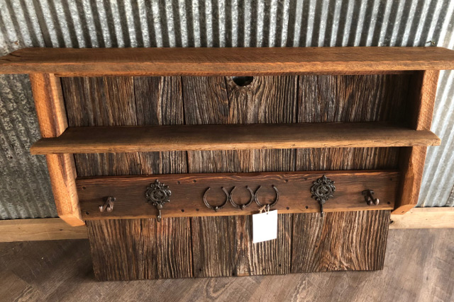 Barn Wood Furniture & Decor